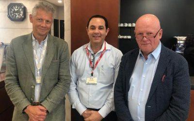 Director de Uro-Oncología del INCART se capacita en laparoscopia urológica