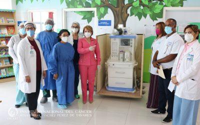 Centro Oncológico Pediátrico (COP-INCART) recibe donación de equipo de anestesia