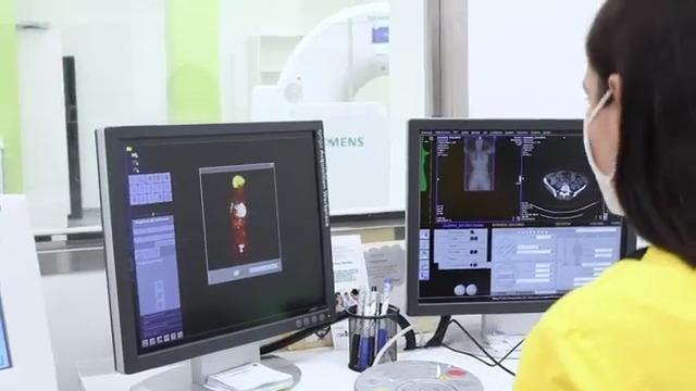 Exploración por Tomografía por Emisión de Positrones ó PET